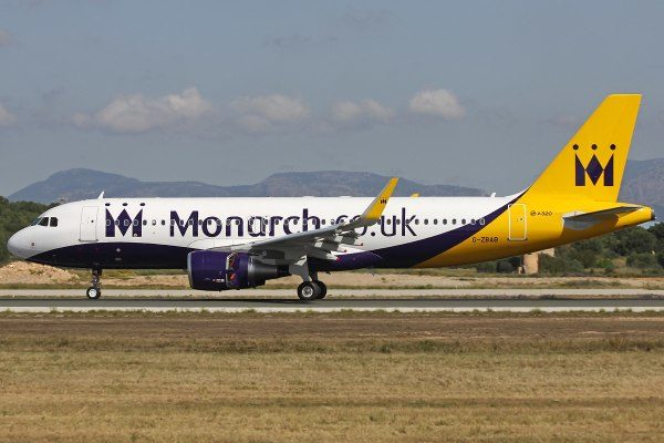 monarch-airlines-1
