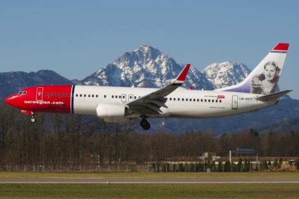 norwegian-air-shuttle-1