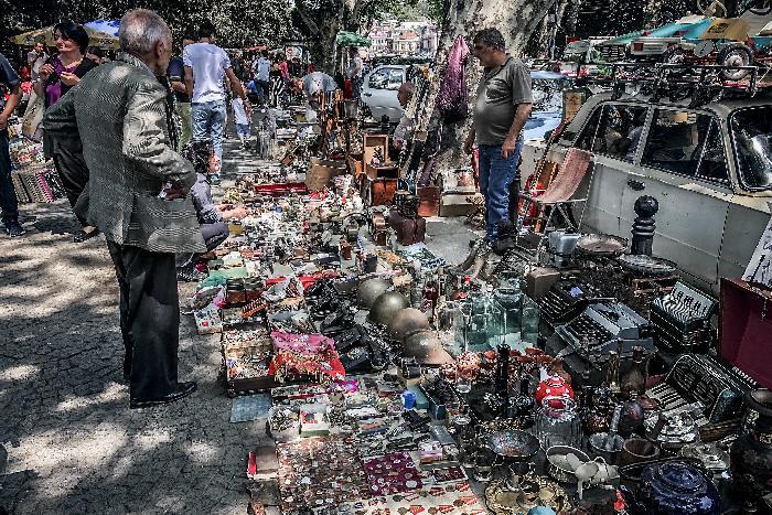 Блошиный рынок у Сухого моста