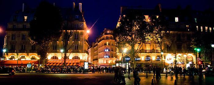 Где лучше жить в Париже туристам
