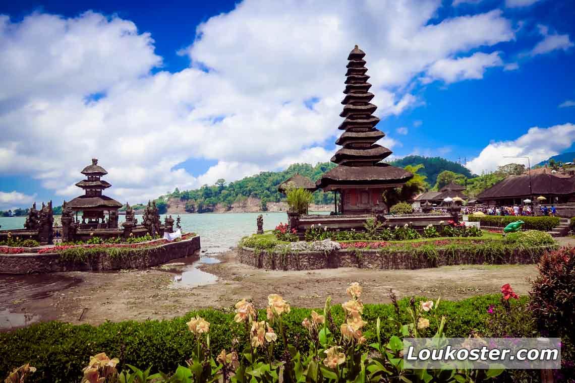 Экскурсия на Бали в храм Улун Дану Братан