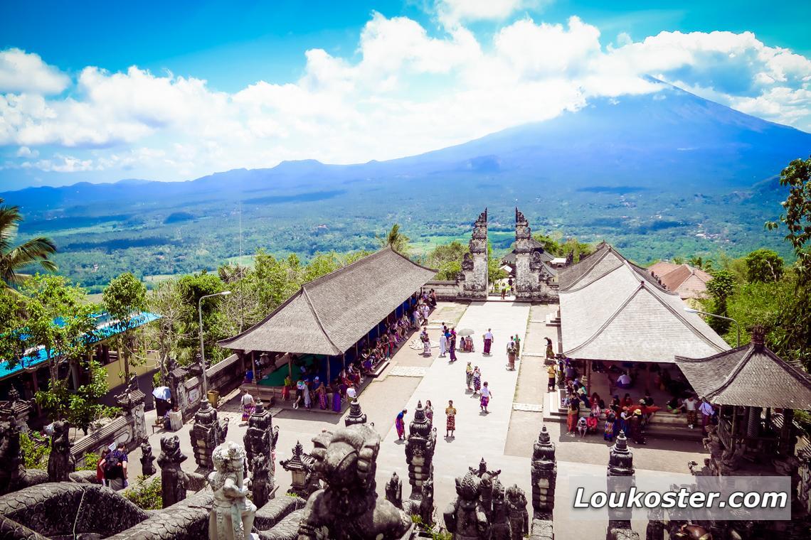 Экскурсия в храм Лемпуянг Бали